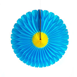 Papier-Blumen blau