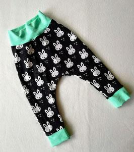 Sarouel Happy bunny noir ceinture et chevilles menthe