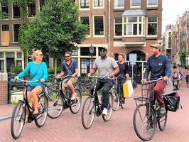 Small group bike tour - 6 people maximum