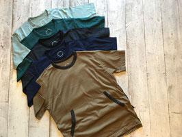 山と道(ヤマトミチ) Light Meirno Kangaroo Pocket T-Shirt