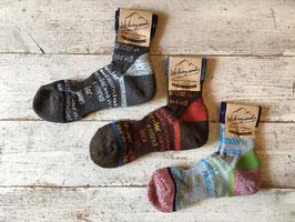 and wander(アンドワンダー) socks
