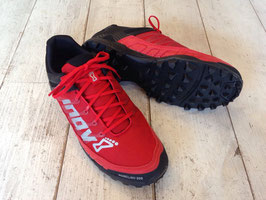 Inov8(イノベイト)MUDCLAW 300(Black×Red)