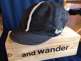 and wander(アンドワンダー)reflection wave cap