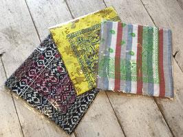 and wander(アンドワンダー) printed bandanna