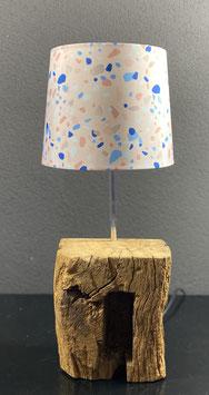 Lampe aus Eichenholz
