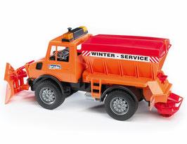 Bruder MB-Unimog Winterdienst mit Räumschild 2572