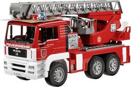 Bruder MAN Feuerwehr mit Drehleiter 2771