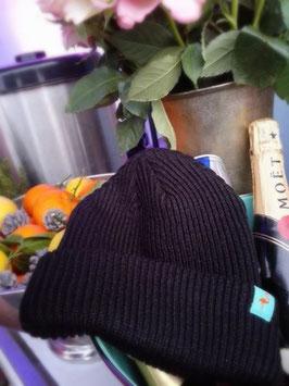 ► Unsere original Crêperie Mütze. Für das ganze Jahr.