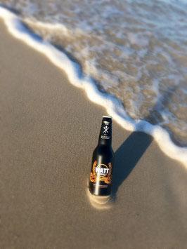 """""""Watt Blondes"""" Bier, perlig frisch, süffig, raffinierte Fruchtnote – mit Meerwasser gebraut und null salzig"""