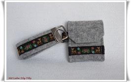 Schlüsselanhänger & Täschchen im Set / Rehkitz & Blumen / Filz grau-meliert