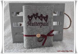 Mutterpasshülle aus Wollfilz / Liebe & Glück