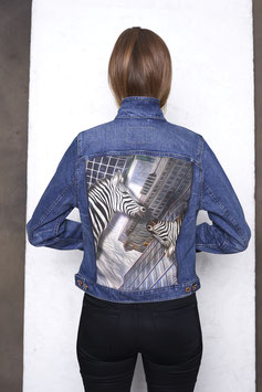 Damenjacke: Zebra