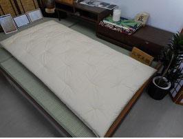 一級寝具技能士(愛知県知事賞受賞)の手作りの木綿敷き布団(無地2 生成り)(納期 約1ヶ月程)