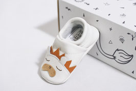 Baby shoes lion