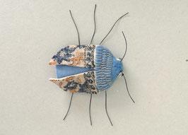 Fingerpuppe blauer Käfer