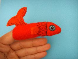 Fingerpuppe roter Fisch