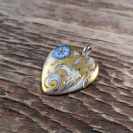 Schmuckanhänger Goldherz mit Ornamentik