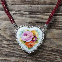 Herzmedaillon Blumenbouquet