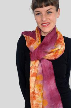 Eco-Print Schal aus Wolle