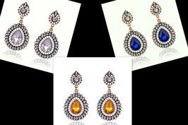 """Ohrringe """"Mahira"""", goldfarben mit einem farbigen und 27 kristallfarbenen Strass-Steinen"""