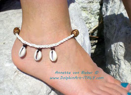 Anklet *KAURI SHELLS*