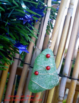 BEACH GLASS - CHRISTMAS TREE