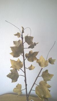 Blattwerk oliv