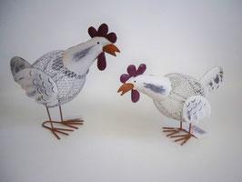 Huhn stehend Metall rotweiß