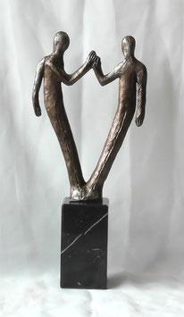 """Skulptur """"Für den gemeinsamen Erfolg"""""""