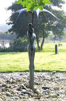 """Skulptur aus Bronze """"Geborgenheit"""" 90 cm"""