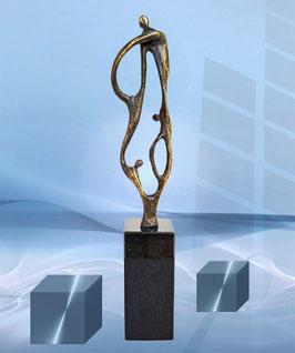 """Skulptur """"Zukunft durch Zusammenarbeit"""""""