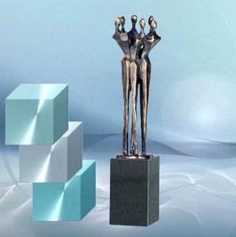 """Skulptur """"Schulter an Schulter"""""""