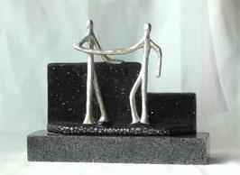 """Skulptur """"Gegenseitige Wertschätzung"""""""