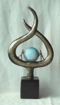 """Skulptur """"Gemeinsamer Unternehmenserfolg"""""""