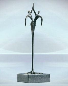 """Skulptur """"Gemeinsam"""""""