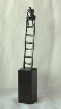 """Skulptur """"Denken auf hohem Niveau"""""""