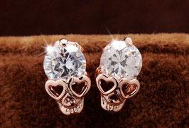 KLASSIKER Skull-Design Ohrringe