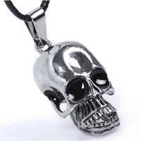Skull Halskette mit Anhänger