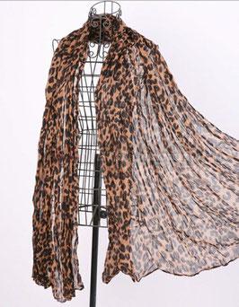 Stylischer Schal mit Leomuster