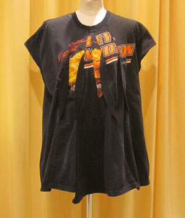 ワイドヘム3DオーバルTシャツ(harley)