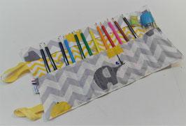 Trousse à enrouler feutres ou crayons - éléphant parapluie
