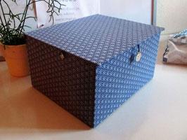 sehr großer, stabiler Kasten, Asanoha Blau mit japanischem Stoff, Aufbewahrungsbox für Hochzeitserinnerungen und vieles mehr