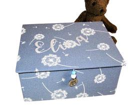 schlichte Schmuckbox klein, personalisiebar, zeitlos romantisch, individuelle Ausstattung