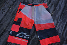 Short en voile de kite recyclée