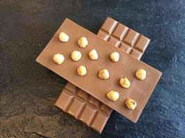 Vollmilch Schokolade 35% mit Piemonteser Haselnüssen  - 95 Gramm