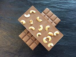 Vollmilch Schokolade 35% mit gerösteten Cashewkernen - 95 Gramm