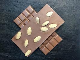 Vollmilch Schokolade 35% mit ganzen Mandeln - 95 Gramm