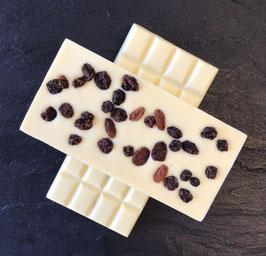 Weiße Schokolade 35% mit getrockneten Sultaninen - 95 Gramm