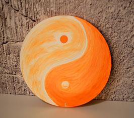 Yin Yang, apricot-bronze 40/19