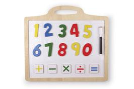 """Magnettafel """"Double Action"""" Lernartikel für Zahlen und Grundrechenarten, aufgehängt im Kinderzimmer"""